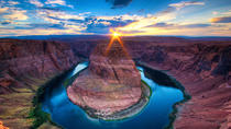 Exklusivt för Viator: privat rundtur med övernattning till Antelope Canyon, Horseshoe Bend, Lake Powell och Zion från Las Vegas, Las Vegas, Viator Exclusive Tours