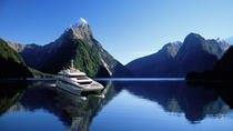 Premium Milford Sound Cruise with Optional Coach Tour from Queenstown, Queenstown, Day Trips