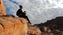 Private Valley of Fire Hiking and Sightseeing Adventure, Las Vegas, 4WD, ATV & Off-Road Tours