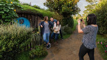 Hobbiton & Waitomo Caves Small Group Tour in Auckland, Auckland, Ports of Call Tours