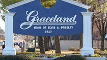 Graceland Tour Including Automobile Museum and Sincerely Elvis Museum, メンフィス