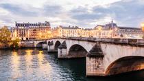 Private Tour: Explore Your Favorite Neighborhood in Paris, Paris, Hop-on Hop-off Tours