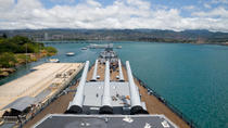 Pearl Harbor Battleships Tour and Honolulu Sightseeing from Maui by Air, Maui, Day Trips