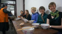 Half-day Walking Tour with Local Market Trip and Vegetarian Lunch in Nunnery, Chengdu, Market Tours