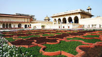 Private Agra Day Tour: Taj Mahal, Agra Fort and Kachhpura Village, New Delhi