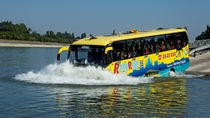 Sightseeingtour door Boedapest via land en water, Budapest, Duck Tours