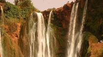 Excursion d'une journée aux cascades d'ouzoud empreintes des dinosaures et pont d'ImiNifri, Marrakech, Day Trips