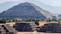 Early Morning Teotihuacan Pyramids Tour with a Private Archeologist, Mexico City, Balloon Rides