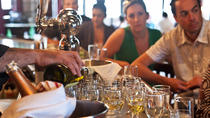 Harvard Square Sparkling Wine Tour, Cambridge, Wine Tasting & Winery Tours