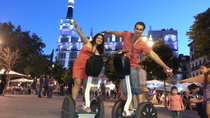 Segway-Tour durch Madrid bei Nacht, Madrid, Segway Tours
