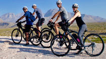 Excursión en bicicleta eléctrica autoguiada por Red Rock Canyon, Las Vegas, Bike & Mountain Bike Tours