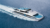 Servicio de ida y vuelta en ferry en Catalina Express: Long Beach o San Pedro a Avalon, Long Beach, ...