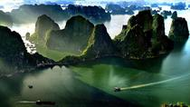 Halong Bay Full Day Tour with 6 Hours on Deluxe Cruise, Hanoi, Full-day Tours