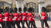 Small-Group Changing of the Guard Walking Tour, London, Custom Private Tours