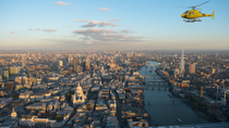Tour privato: volo in elicottero a Londra, London, Helicopter Tours