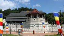 Return Airport Transfers & Kandy Day Tour From Colombo, Colombo, Multi-day Tours