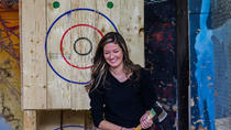 Axe Throwing bei BATL - Die Backyard Axe Wurfliga in Calgary, Calgary