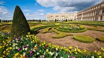 Round Trip Transportation to Versailles from Paris with Several Pickup Points, Paris, Bus Services