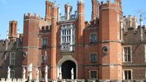 Fascinating tour of Hampton Court Palace, London, Bus Services