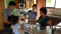 Clase de cocina con una familia costarricense local, La Fortuna