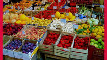 Local market visit and dining experience at a Cesarina's home in Bari, Bari, Market Tours