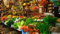 Local market visit and dining experience at a Cesarina's home in Siena, Siena, Market Tours