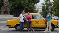 Privétour: sightseeing in Warschau per retro Fiat, Warsaw, Private Sightseeing Tours