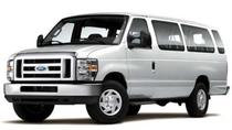 Shared Airport Arrival Transfer: LAX International Airport to Los Angeles Hotels, Los Angeles, ...