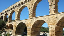 Half-Day Private Tour to Orange and Chateauneuf du Pape Including Pont du Gard from Avignon, ...