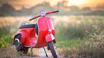 Tour in vespa vintage self-drive con degustazione di vini da Firenze, Florence, Self-guided Tours & Rentals