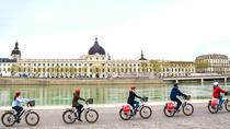 Discovery Tour on an electrical bike 1h Lyon Essential, Lyon, Cultural Tours