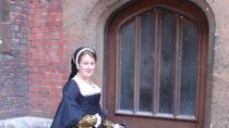 Hampton Court Tour - Secrets of a Tudor Palace, London, Bike & Mountain Bike Tours