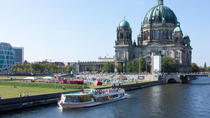 1-Hour Berlin Sightseeing Cruise Including Pizza and Drink, Berlin