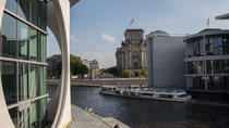 Berlin Highlights Sightseeing Cruise Including Coffee and Cake, Berlin