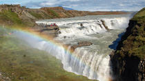 Small-Group Golden Circle Tour and Secret Lagoon Visit from Reykjavik, レイキャビク