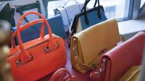 Small-Group Vintage Fashion Shopping Tour with a Style Coach, モントリオール