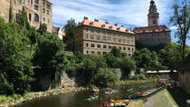 Cesky Krumlov experience: Castle visit - private tour - rafting or kick bike, Cesky Krumlov,...