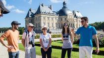 Small-Group Fontainebleau and Vaux-Le-Vicomte castle Day Trip From Paris, Paris, Christmas