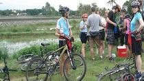 4-Day Bike Tour from Hue to Hoi An Ancient Town Including My Son Sanctuary, Hué