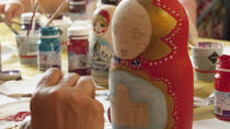Private Matryoshka-doll Painting Class in St Petersburg, San Petersburgo