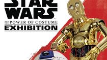 STAR WARS and the Power of Costume-Ausstellung im Discovery Times Square, New York City, Family ...