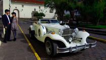 Cusco Romantic Escape: 2 hours Vintage Excalibur Car Tour in Cusco, クスコ