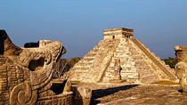 Private Tour: Chichen Itza Aboard Deluxe Van with Lunch, Cancun