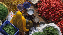 Private Tour: Vegetable and Spice Market Visit with a Meal in a Local Agra Home, Agra