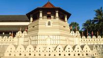 kandy call taxi take you most popular tourist attractions in Sri Lanka, Kandy, Private Sightseeing ...