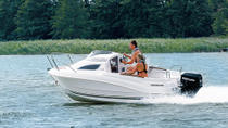 Boat rental up to 4 people in Saint-Tropez - No license required