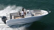 Rent a open-hull boat for up to 8 people in La Rochelle - License required, Poitou-Charentes