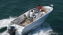 Rent a open-hull boat for up to 8 people in Saint-Tropez - License required, St-Tropez, Boat Rental