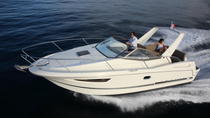 Rent a small yacht for up to 6 people in Saint-Tropez - License required