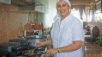 Grand Road Market Visit with Cooking Lesson and Lunch in Mumbai, Mumbai, Cooking Classes